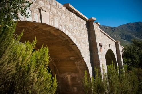 Puente La Laja (Localidad: Tilama) Longitud: 54 mts / Mamapostería